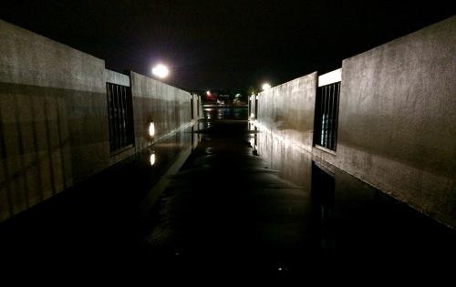 rain_on_bridge